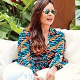 <p>A atriz <strong>Michelle Martins</strong> da novela &#8220;A Força do Querer&#8221; postou foto no instagram usando <strong>camisa Morena Rosa</strong>.</p>