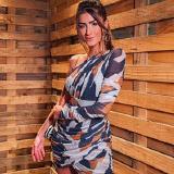 <p>A modelo <strong>Mary Nuernberg</strong> usa <strong>vestido Iódice</strong> em evento.</p>